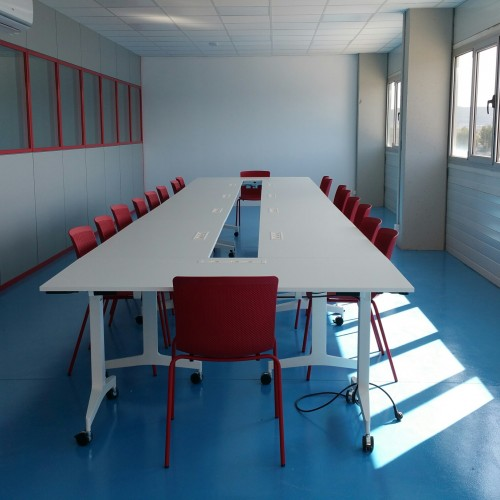 wholecontract_oficinas_sala_formacion_coral_transports