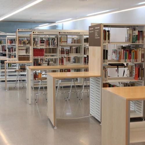 Biblioteca Esteve Paluzzie Barberà del Vallès, Iduna, Estantería para bibliotecas, revisteros, mesas para bibliotecas, sillas para bibliotecas, estanterías para bibliotecas, mostradores para bibliotecas, sillas infantiles, Magis