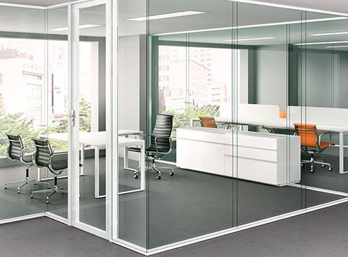 División de espacios en la oficina